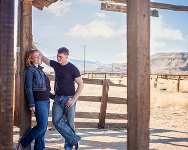 Myers Family - Pioneertown | Oh! MG Photography